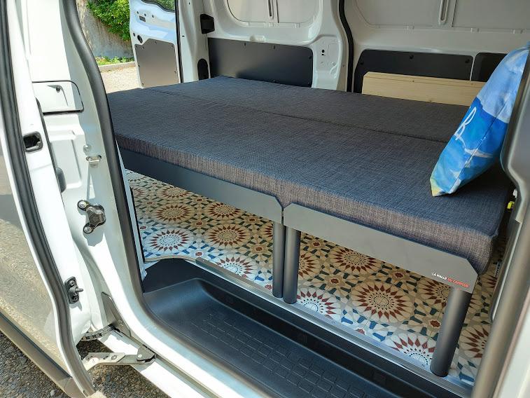 Transformez votre utilitaire en camping-car en moins de 5 mn