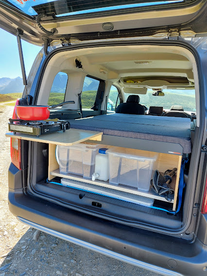 Aménagement véhicule en camping car